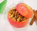 Рецепт яблок, запеченных с медом и орехами.
