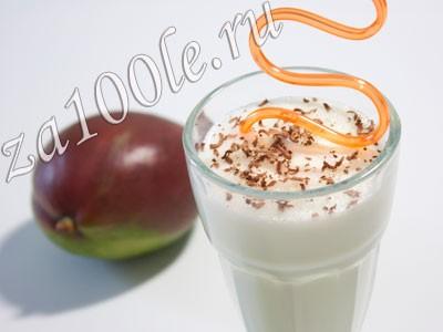 Коктейль молочный с манго