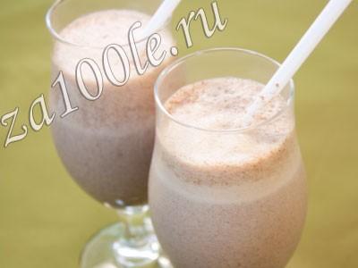 Рецепт молочного коктейля с бананом и шоколадом