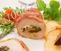 Куриное филе, фаршированное грибами и сыром.