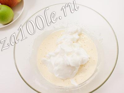 рецепт бисквитного рулета с взбитыми сливками